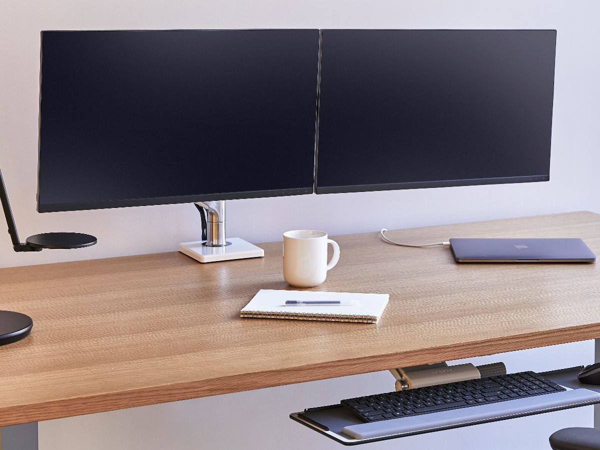 Humanscale M8 Dual Monitor Tischhalterung Klemme, schräg, weiß (M8CMWBHW)